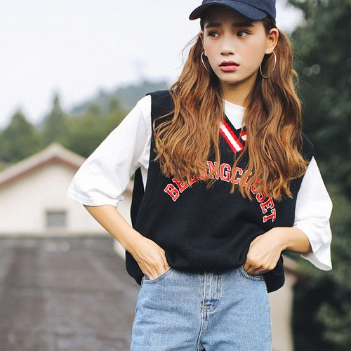 2018 Spring Korean Preppy Letters Embroidery Striped V Neck Knitted Sweater Vest Knitwear Sleeveless Pullover Black White T130