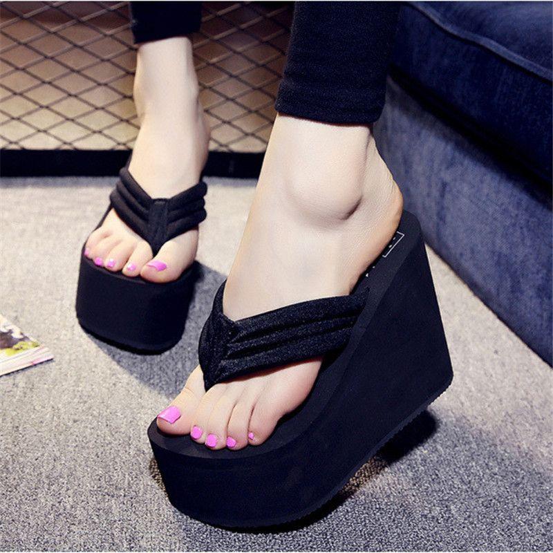 Offre spéciale Soild Wedge plate-forme tongs femme chaussures 2016 femmes chaussures d'été talons hauts sandales de plage dames épais haute Pantufas