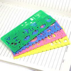 4 PCS Mignon Art Graphique Symboles Dessin Modèle Papeterie Bonbons Couleur Règle Étudiant Enfants Rédaction Pochoir Règle Papeterie