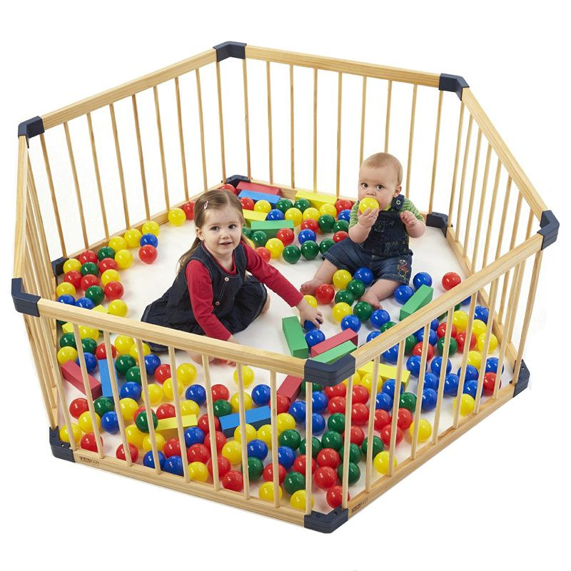 Solid wood gate baby playpen export no smell health baby fence Children's game fence 7pcs +1 gate baby fence, guardrail 8pcs