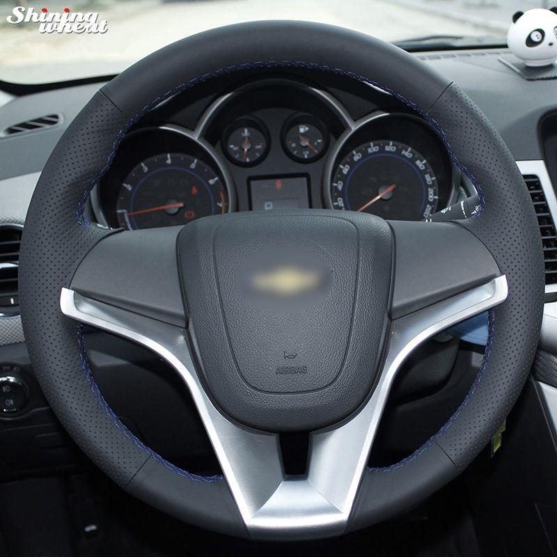 Couvre-volant de voiture en cuir noir cousu à la main brillant pour Chevrolet Cruze Aveo