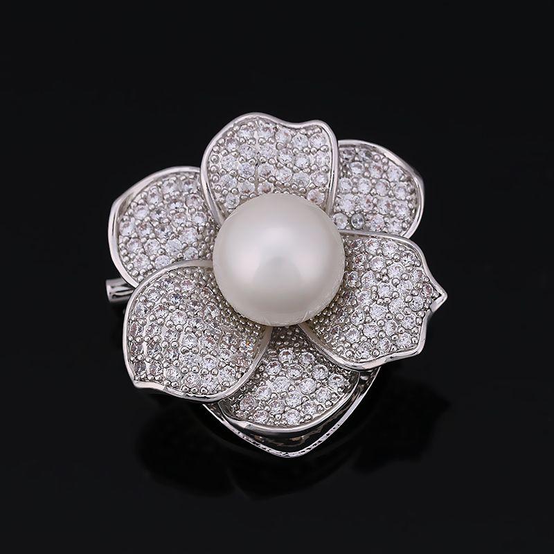 Utilizado doble Cubic Zirconia Flor Broche o Concha de Perla Clips Bufanda para Las Mujeres con Alta Calidad