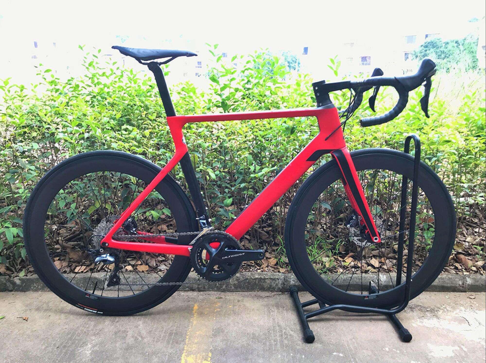 2019 carbon straße DISC fahrrad komplette fahrrad carbon BICICLETTA fahrrad mit fahrrad gruppe R8000 R7000 carbon räder