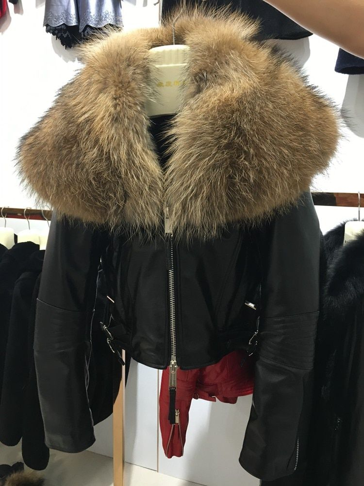 female sheep leather jacket fashion Women Genuine Sheepskin short coat with raccoon fur collar black red Outerwear dhl free ship