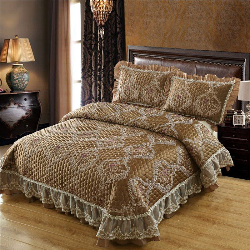 Brown Beige Wine Red Luxury European High Quality Jacquard Fabric Lace edge Thick Blanket Bedspread Bed sheet pillowcases 3pcs