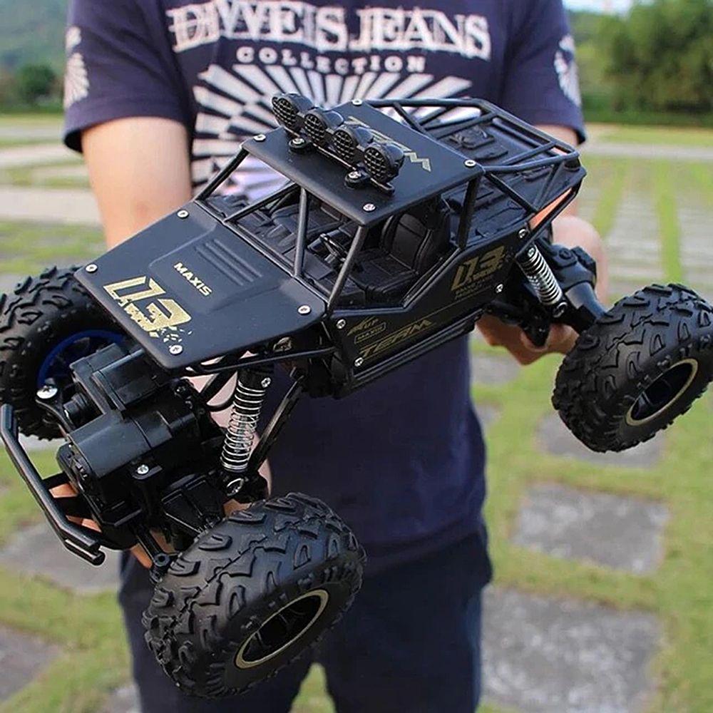RC Voiture 1/16 4WD Rock Robots 4x4 Conduite De Voiture Double Moteurs D'entraînement Bigfoot Voiture Télécommande Modèle De Voiture véhicule Jouet