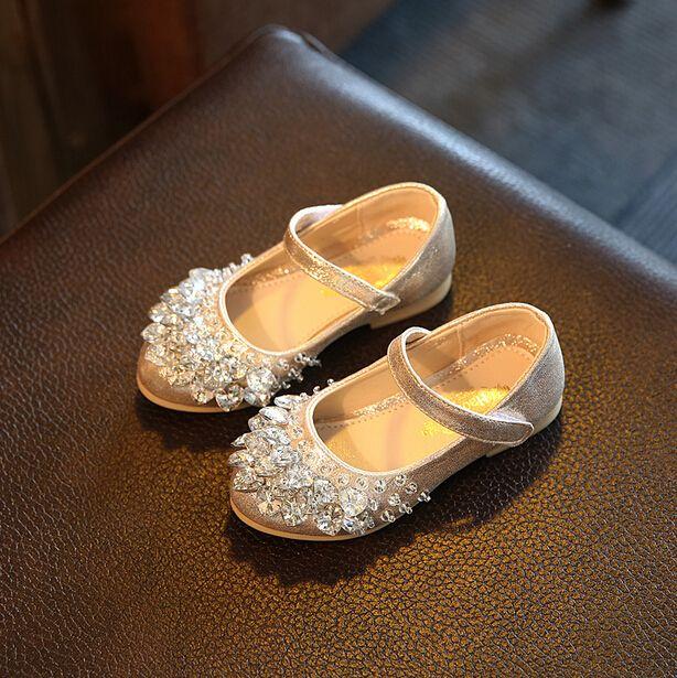 Осень 2017 г. детская обувь со стразами для вечеринки Обувь для девочек принцесса плоской подошве Обувь цвета: золотистый, серебристый Цвета Д...