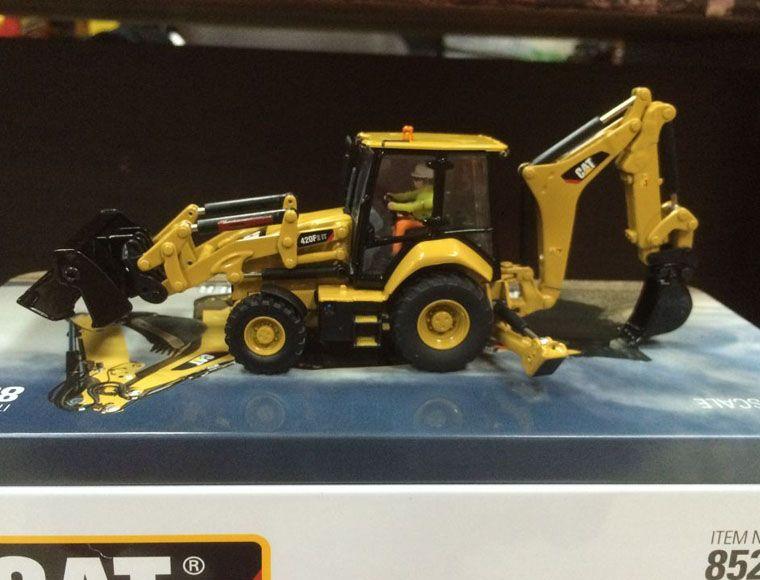 Neue Verpackung-Caterpillar Cat 420F2 ES Baggerlader 1/50 DieCast 85233 Durch DM