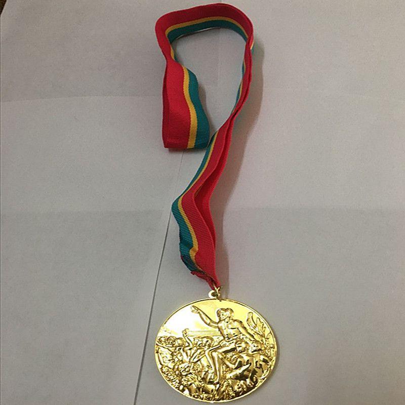 1 pièces les médailles d'or pour les prix de joueur de sport diverses années emblème plaqué or avec médaille de rubans