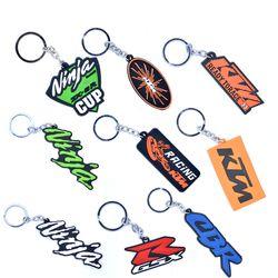 Pour YAMAHA KAWASAKI SUZUKI HONDA 46 CBR GSX-R FZ1 NINJA Moto Accessoires Cool Caoutchouc Keychain Porte-clés porte-clés porte-clés