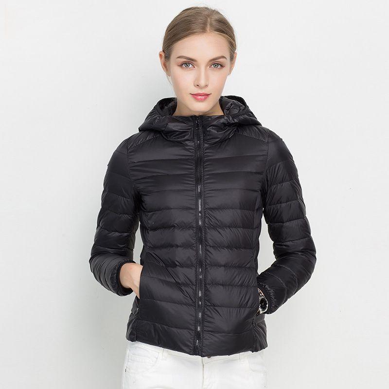 2017 New Women Winter Jacket Ultra Light White Duck Down Jacket Fashion Warm Slim Hooded Down Coat for Women Portable Overcoat