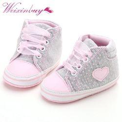 Bayi Baru Lahir Bayi Perempuan Polka Dots Jantung Musim Gugur Renda-up Sepatu Balita Pertama Walkers Sneakers Klasik Sepatu Kasual