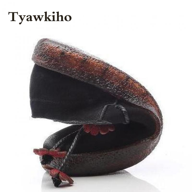 Tyawkiho Genuine Leather Women Flats Flower Spring Shoes 2018 Casual Leather Loafers Women Retro Flat Slip On Handmadde Moccasin