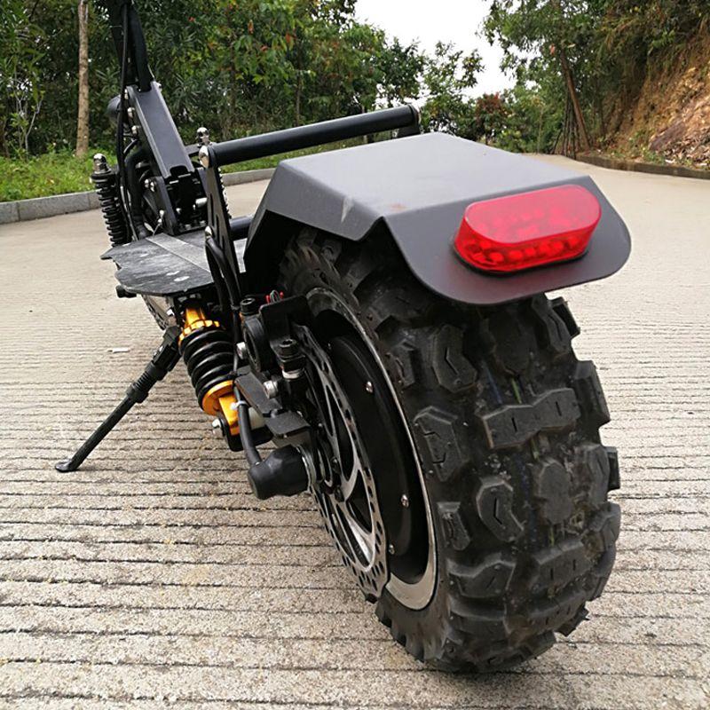 11 inch Offroad Elektroroller 60 V 2400 Watt 65 Km/std Starke leistungsfähige schwebebrett elektro roller