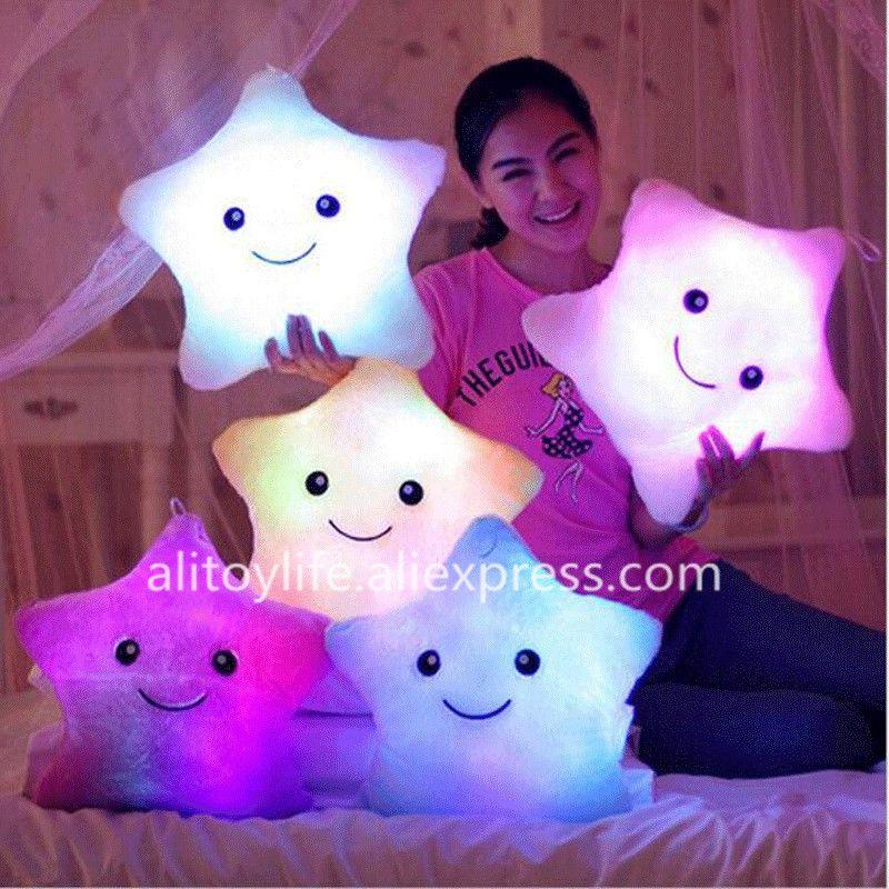 Étoile lumineuse oreiller jouets en peluche mignon lumineux oreiller jouet oreiller lumineux LED lueur dans l'obscurité en peluche oreiller poupée jouets pour enfants enfants