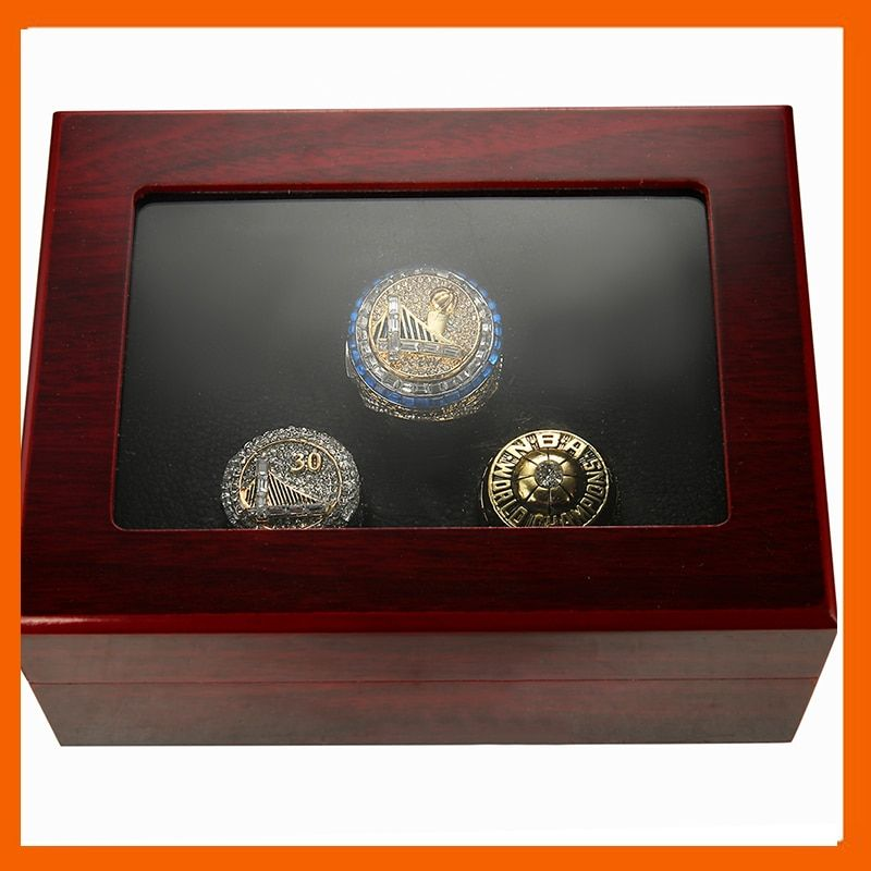1975 2015 2017 GOLDEN STATE WARRIOR BASKETBALL WORLD CHAMPIONSHIP RING DURANT, 3 RINGS AS A COLLECTION WITH WOODEN BOX