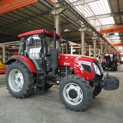 Venta caliente 130HP granja tractor con precio bajo en China