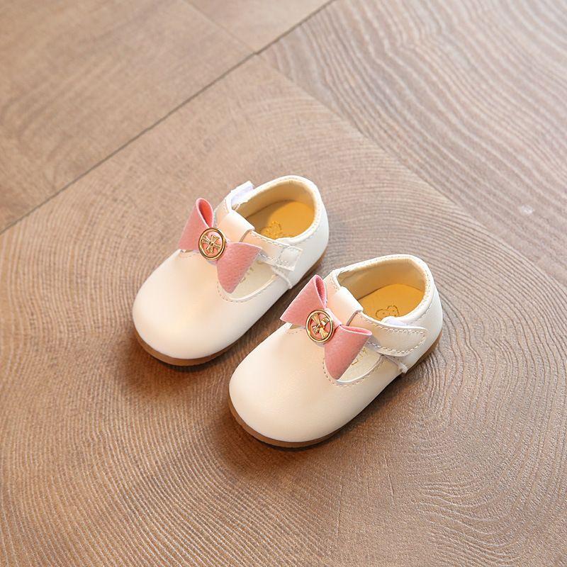 Niñas de Color Rosa bebé Zapatos de Cuero Para Niñas Butterfly-Nudo Zapatos Lindos de La Princesa Niños Pajarita del Niño Del Pesebre Zapatos de goma Roja