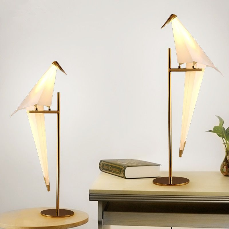 Desk Lamps Table lamp bedroom bedside lamp creative Nordic personality modern simple led room bedside lamp