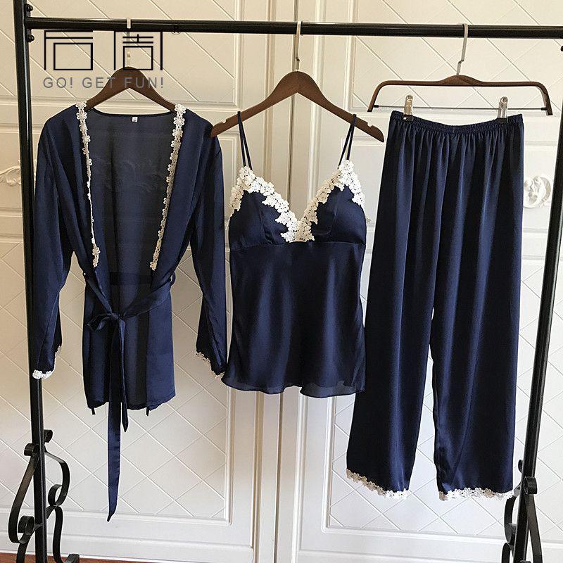 Атласная пижама для Для женщин Элегантный 3 шт пижамы женские сексуальные Кружево во все времена года шелковые пижамы комплект пальто + жиле...