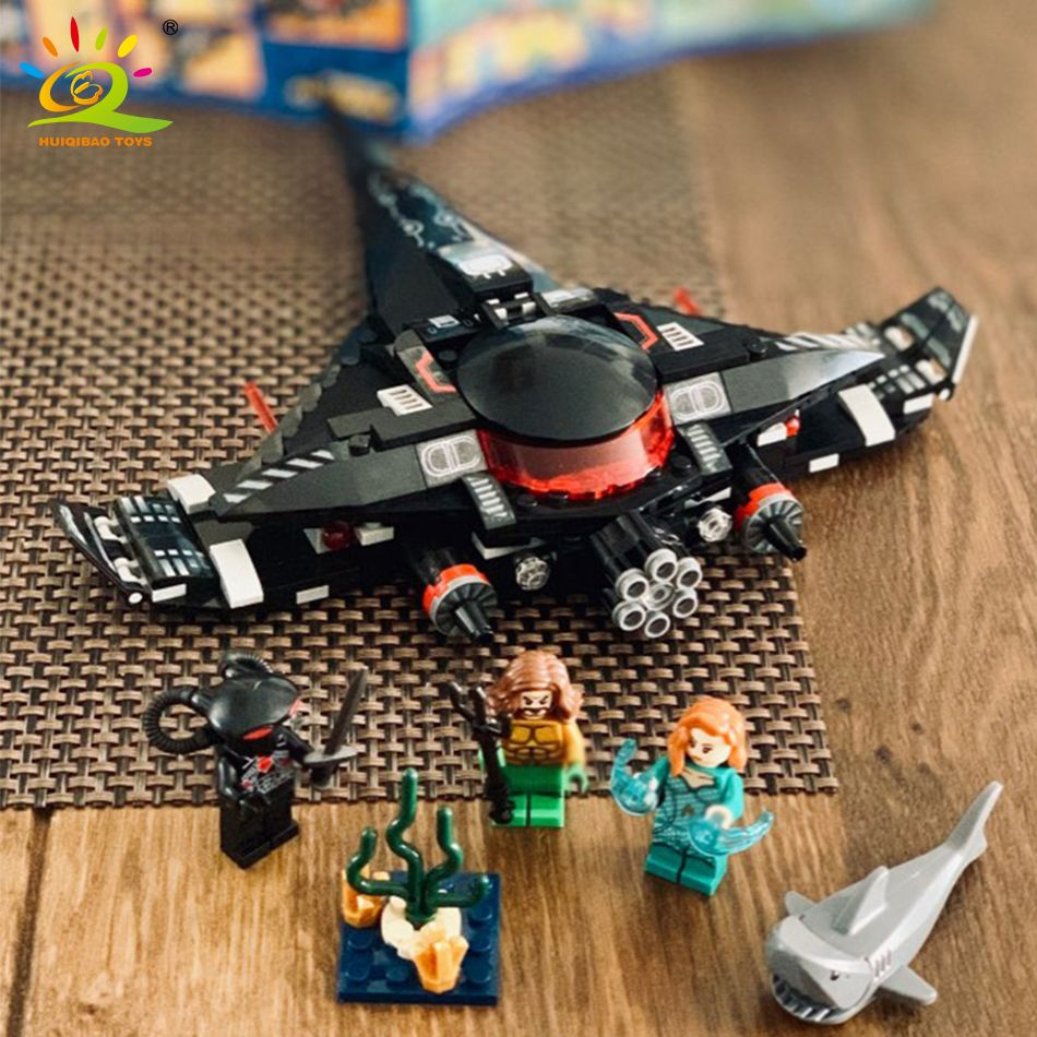 232pcs Black Manta Fight Aquaman Building Blocks Compatible Legoed Marveled Avengers Super Hero Figure Airship Toys For Children
