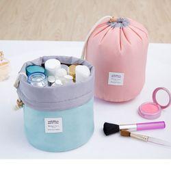 De haute Qualité En Forme de Tonneau Voyage Cosmétique Sac de Maquillage sac En Nylon Sacs de Lavage Maquillage Organisateur Sac De Stockage Haute Capacité B3