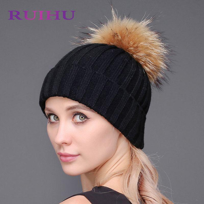 RUIHU 14 color Thick Wool Knitted Hat Winter 18cm Detachable Raccoon Fur Pompom Women Beanie cappelli donna invernali RHM603