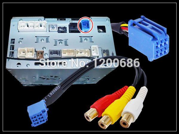 Câble d'entrée Audio vidéo femelle RCA pour Port TOYOTA Headunit 6Pin bleu A V