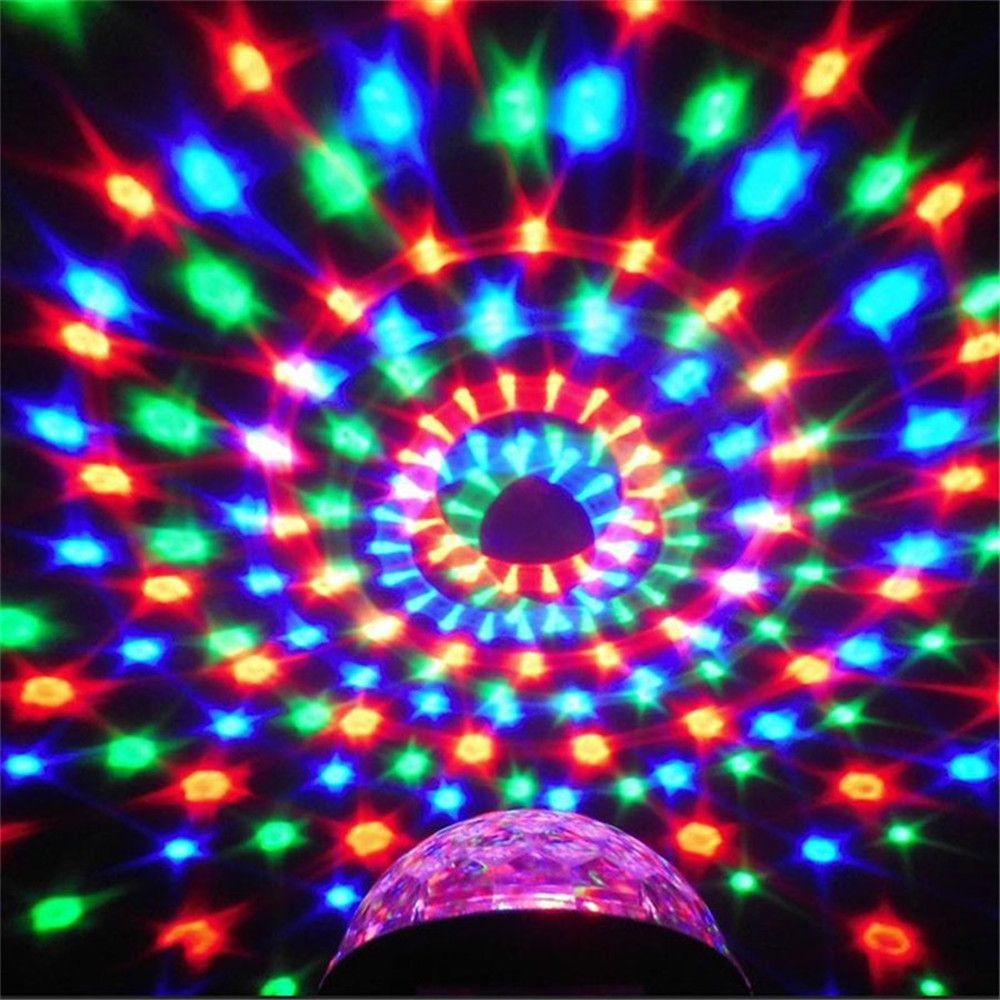 Sonido Actived SXZM 3 W DJ Luz RGB Que Cambia de Color Mágica de Cristal Mini Bola de Discoteca Led Luces del Escenario KTV Luz de Navidad Del Banquete de Boda