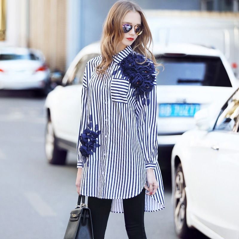 Spring 2017 Newest Fashion Striped Loose Women Shirt Casual Appliques Diamonds Turn-down Collar Single-breasted Female Shirt