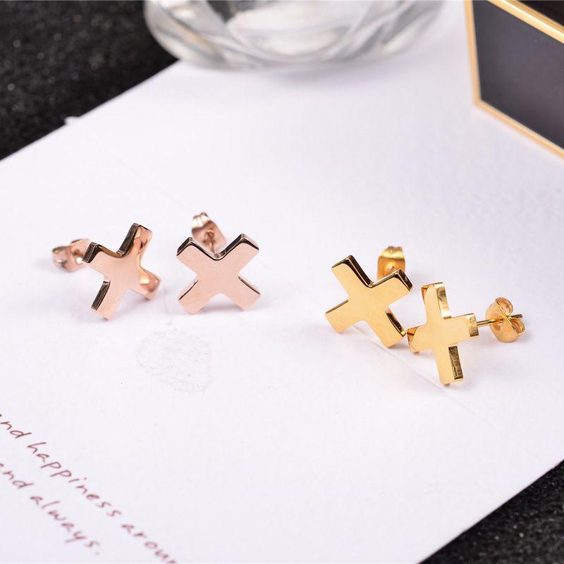 YUN RUO Medizinische Edelstahl Schmuck Rose Gold Farbe Prägnante Kreuz Ohrstecker für Frau Mann Hochglanz Glatte Ohrring