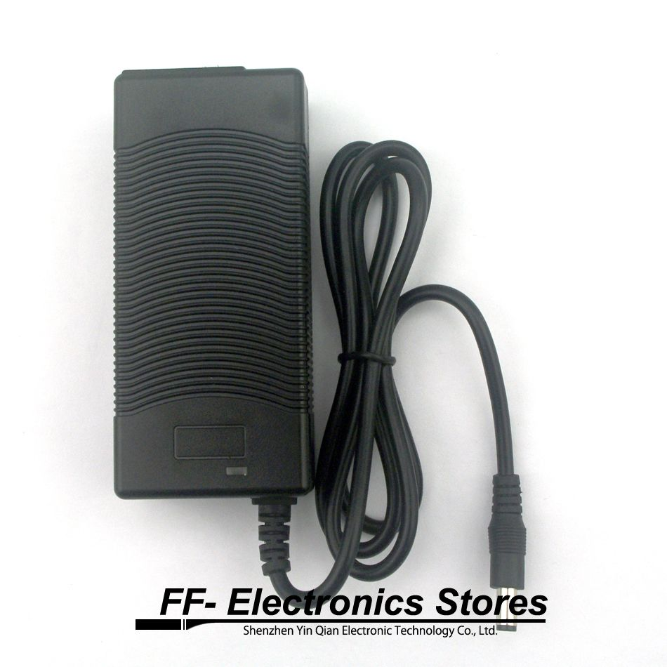 Chargeur de batterie au Lithium 12.6 V 3A 18650 chargeur de Lithium polymère 12 V à courant Constant à 3 cordes