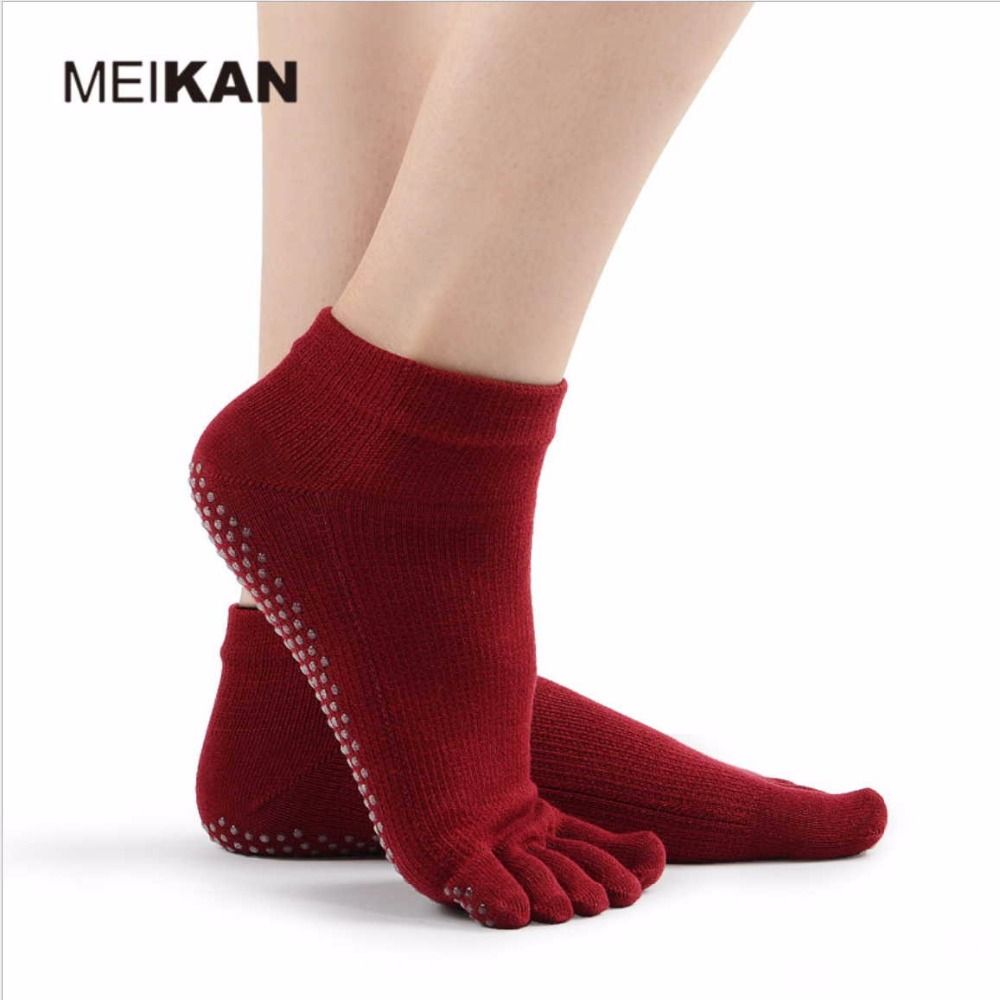 MeiKan professional women anti-skid Yoga Five Toe socks exquisite cotton Fitness sock Breathable Rubber band Wrap Finger lippers