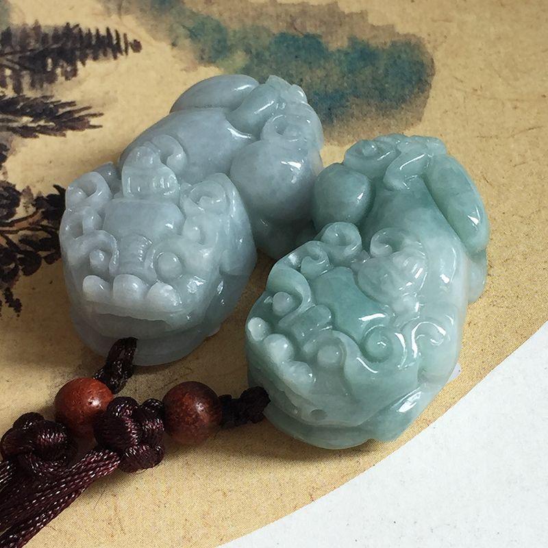 2018 Nouveau 100% Naturel Jadéite Jades Pendentif 3D Sculpté Dieu Bête PIXIU Fortune Pendentifs Femmes Hommes Amulette de Jades Bijoux + corde
