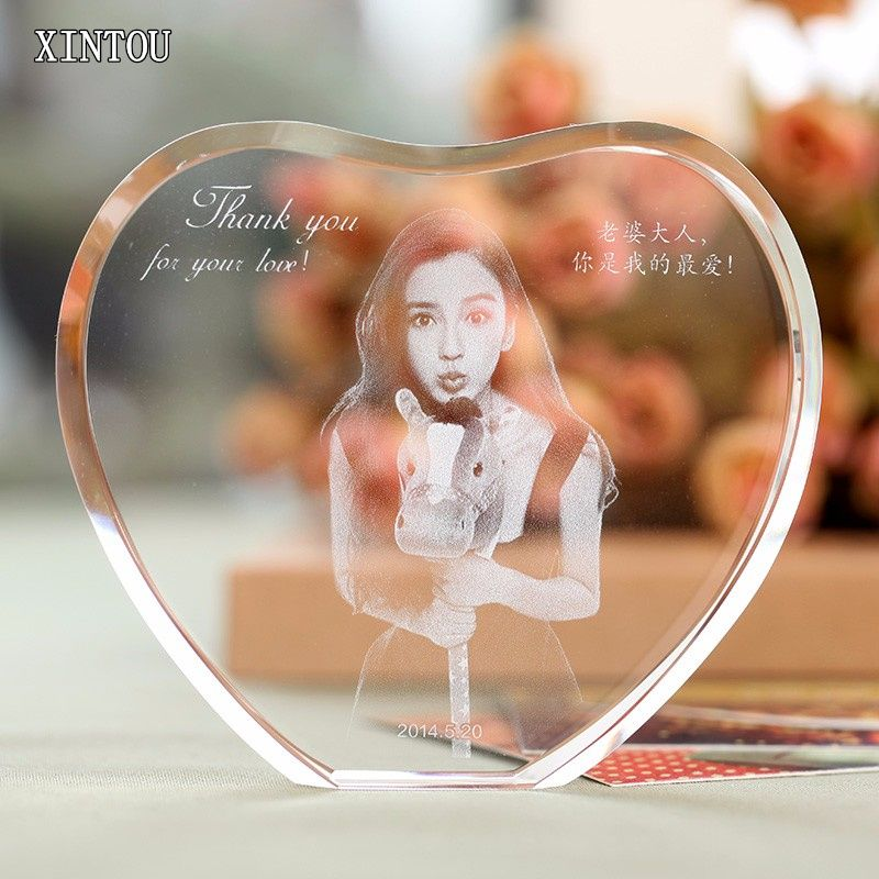 XINTOU Laser Engraved Cadre Photo Corner Heart Shape Customized Wedding Planner Newborn Baby Souvenirs DIY Picture Hangers Gifts