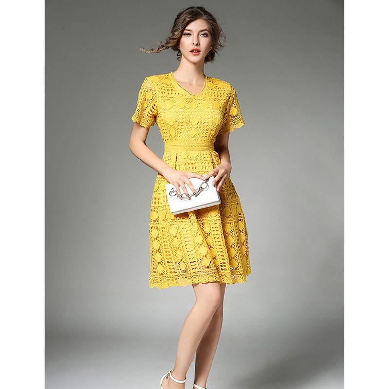 Make Spot European High-end Water Soluble Lace Dress V-neck Waist Dress Temperament