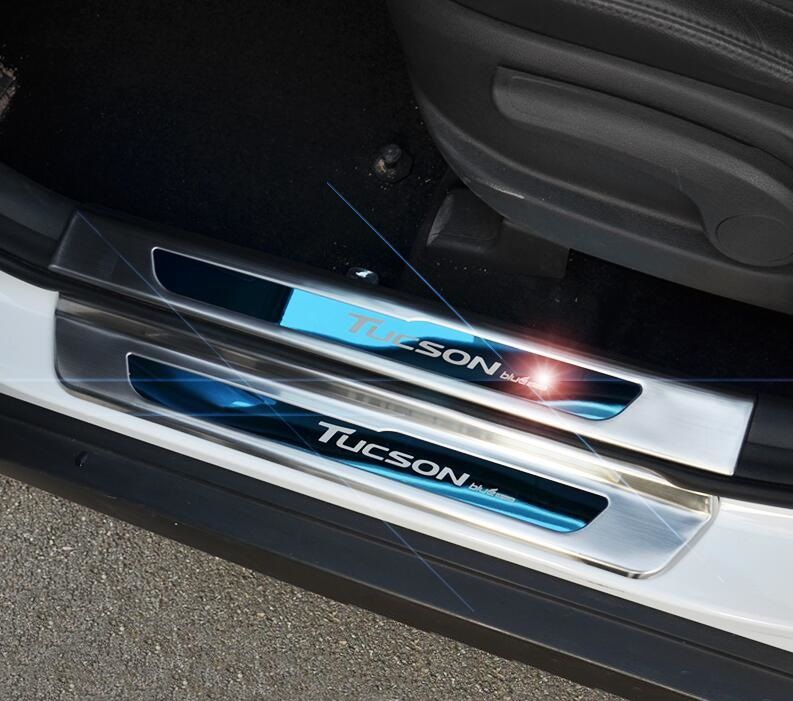 Car Stainless Steel outer  Door Sill Scuff Plate Welcome Pedal For Hyundai Tucson 2016 outer