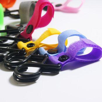 1 stück Kunststoff Magie Stick Baby Kinderwagen Zubehör Haken Pram Kinderwagen Kleiderbügel Hängen Baby Auto Wagen Haken Zufällige Farbe