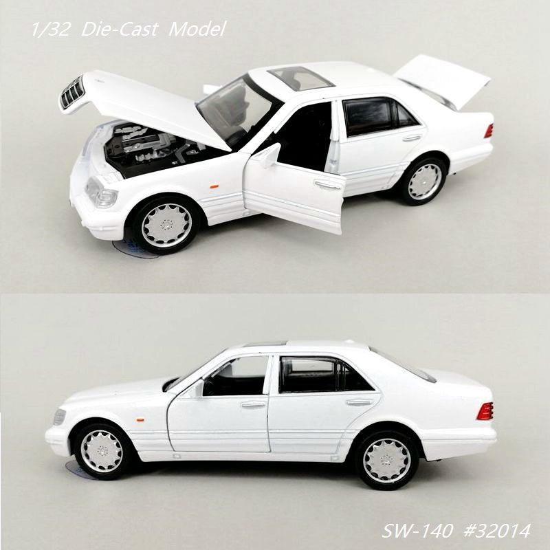 1/32 DieCasts & Toy Vehicles 16Cm Luxury Model Car(#32124) Excellent Quality W/ 4 Openable Doors Light Flashing Good Painting