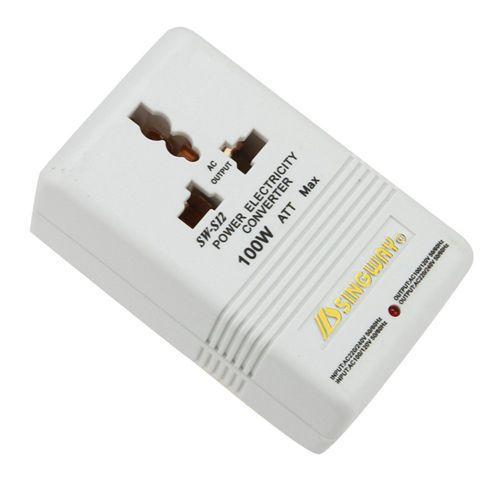 Bas prix blanc professionnel 110/120 V à 220/240 V étape haut/bas double convertisseur de tension transformateur adaptateur de voyage commutateur