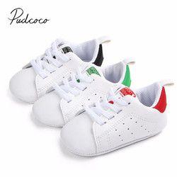 2018 nuevo bebé infantil del niño recién nacido Boy Soft sole lona Patucos prewalker ventilado Zapatos de bebé 0-18 M