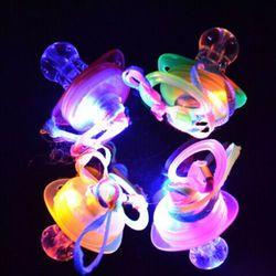 1 PC Ortodonti Flashing LED Perlengkapan Partai Cahaya Balita Perawatan Bayi Pacifier Puting Peluit Kilat Tongkat Mainan Dot Acak