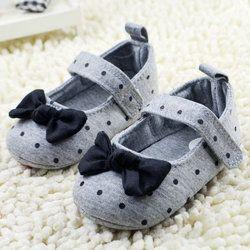 Balita Gadis Polka Dot Ikatan Simpul Crib Sepatu Kenyamanan Sepatu Bayi Prewalker Tunggal Lembut