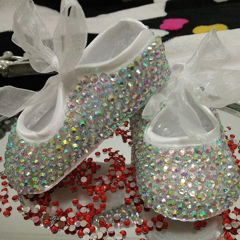 Пользовательские Искра Bling Кристаллы Стразы лента принцесса Атлас Bella балетки для маленьких девочек детский день рождения обувь со стразам...