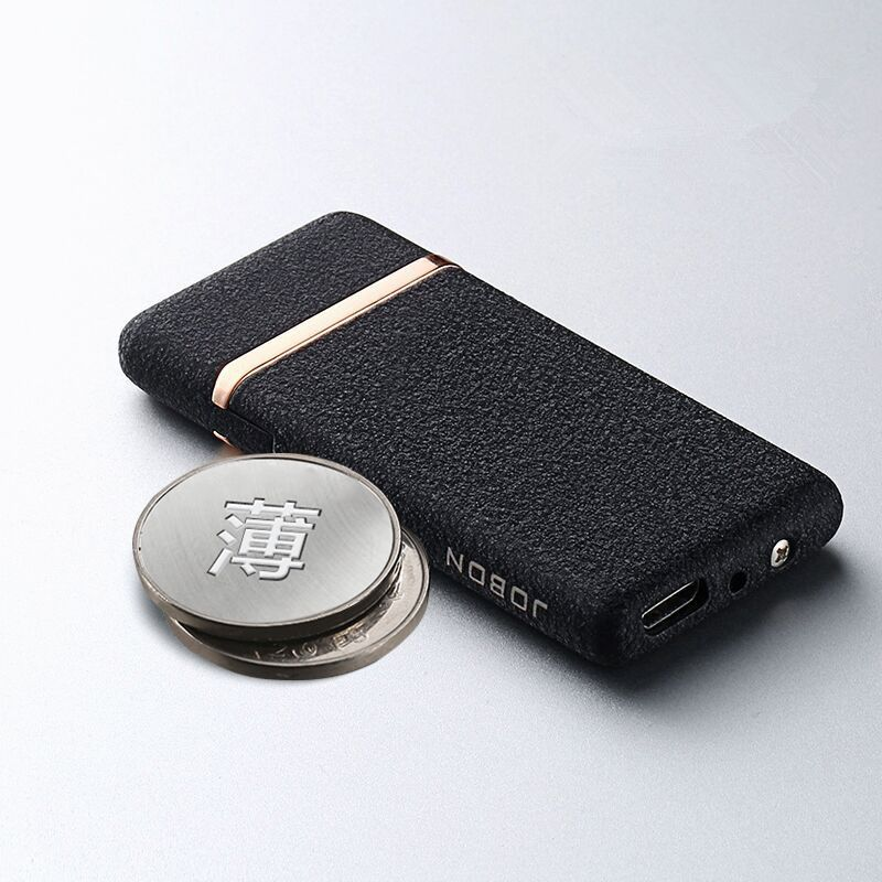 Usb charge électronique 702 briquet coupe-vent mince mâle personnalité rechargeable briquet, emballé dans étui à cigarettes