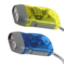 Nuevo Producto 2000 lúmenes CREE LED linterna antorcha foco zoom antorcha lámpara al aire libre impermeable AE05LGR09