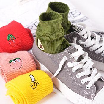 Neue Koreanische Haufen Haufen Socken Retro Stickerei Langen Abschnitt Von Baumwollsocken Niedlich Gemütlich Obst Banane Kirsche Birne Muster Socken