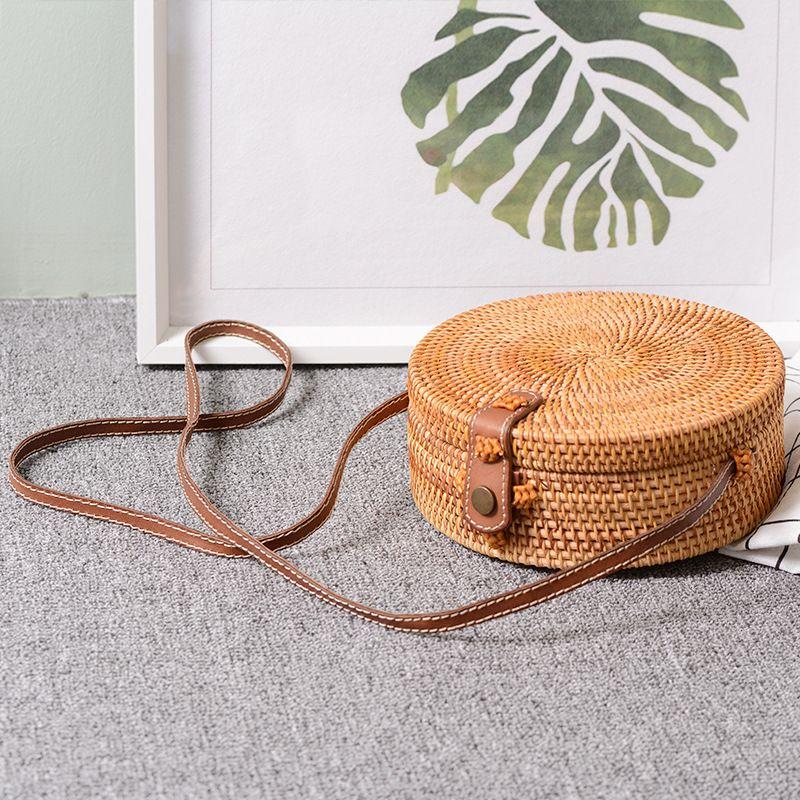 Sac à bandoulière en cuir fait main Vintage Bali sac de plage rond sac en rotin pour filles petit sac à bandoulière bohème