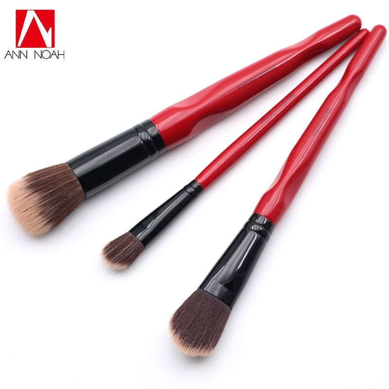 Limited Edition Red Body Curve Long Handle Soft Synthetic 3pcs Angled Powder Precise Highlighting Stippling Foundation Brush Set