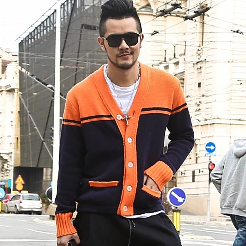 2019 New design men embroidery tiger knitted cardigan sweater men fashion slim cotton casual brand knit cardigan European style